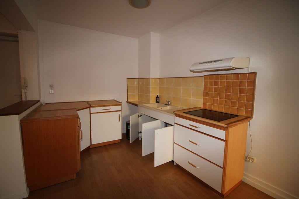 Appartement Apt 2 pièce(s)