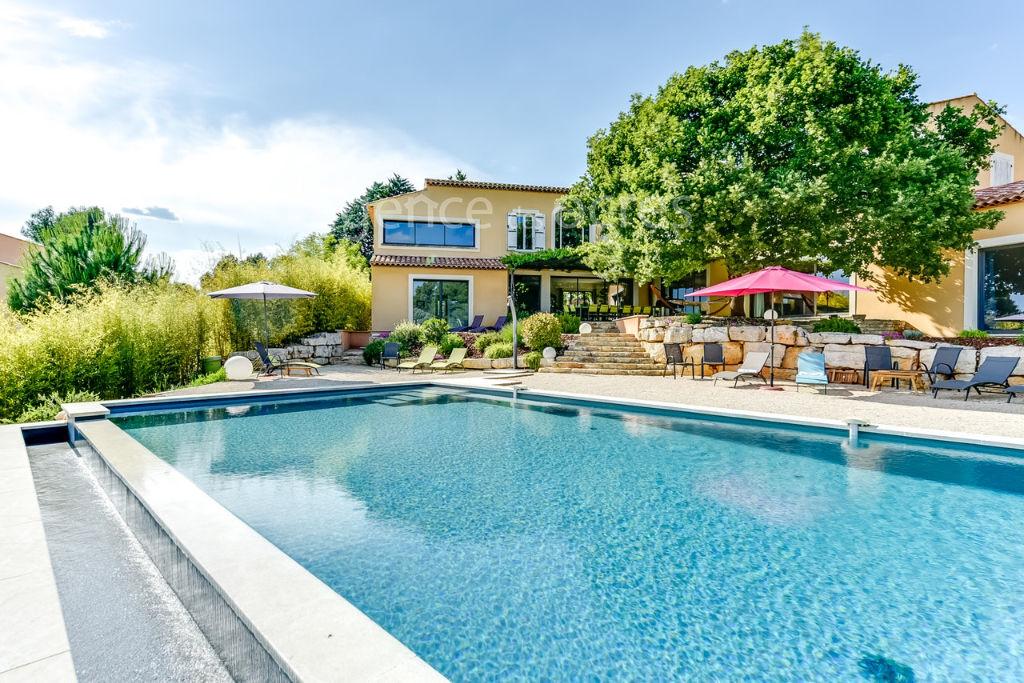 Villa Roussillon 10 pièce(s) 5000m2 de terrain