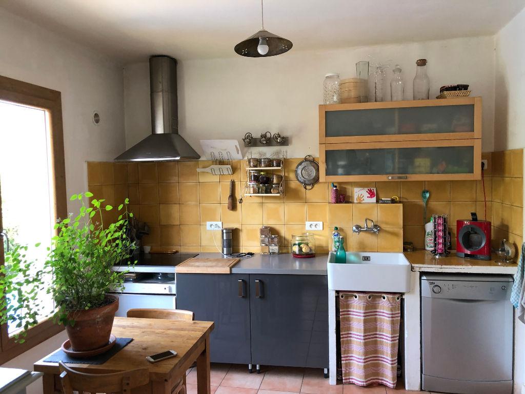 Villa proche centre ville avec jardin et appartement indépendant