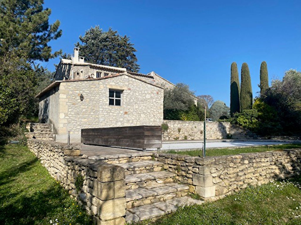 Stone house with swimming pool Roussillon
