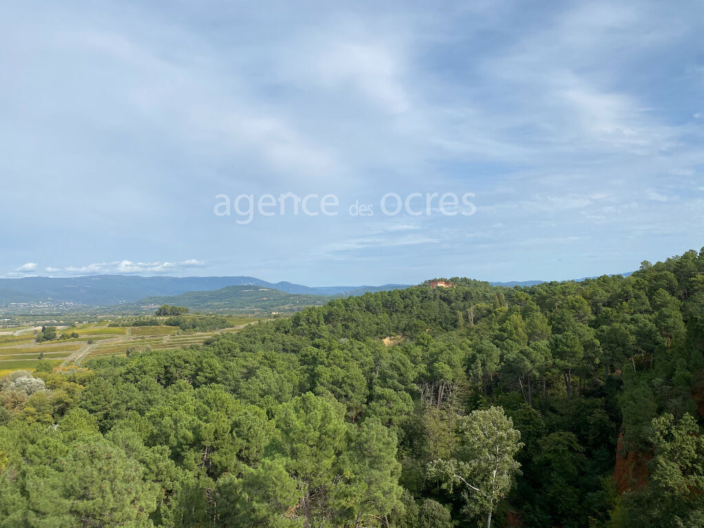 Building location number 1 Roussillon