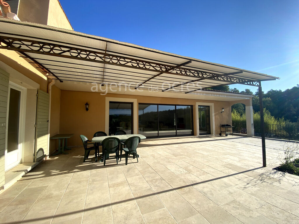 Roussillon house 320 m2 264sqm of basement Swimming pool garage view