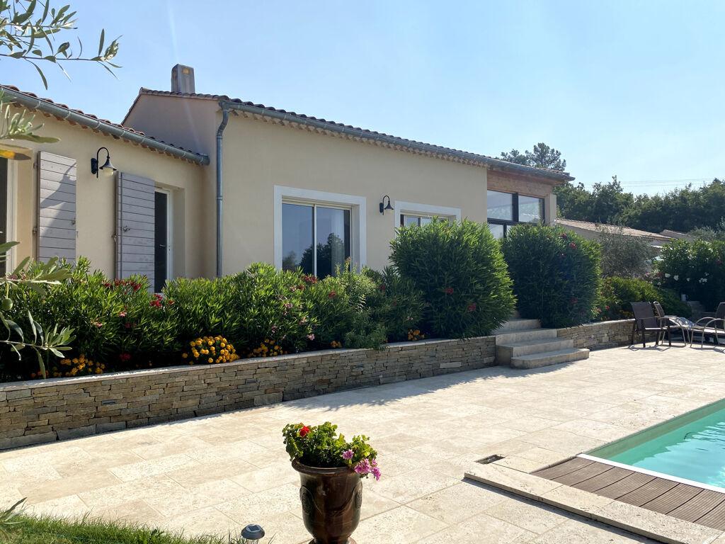 Villa in Saint Saturnin lès Apt 120sqm