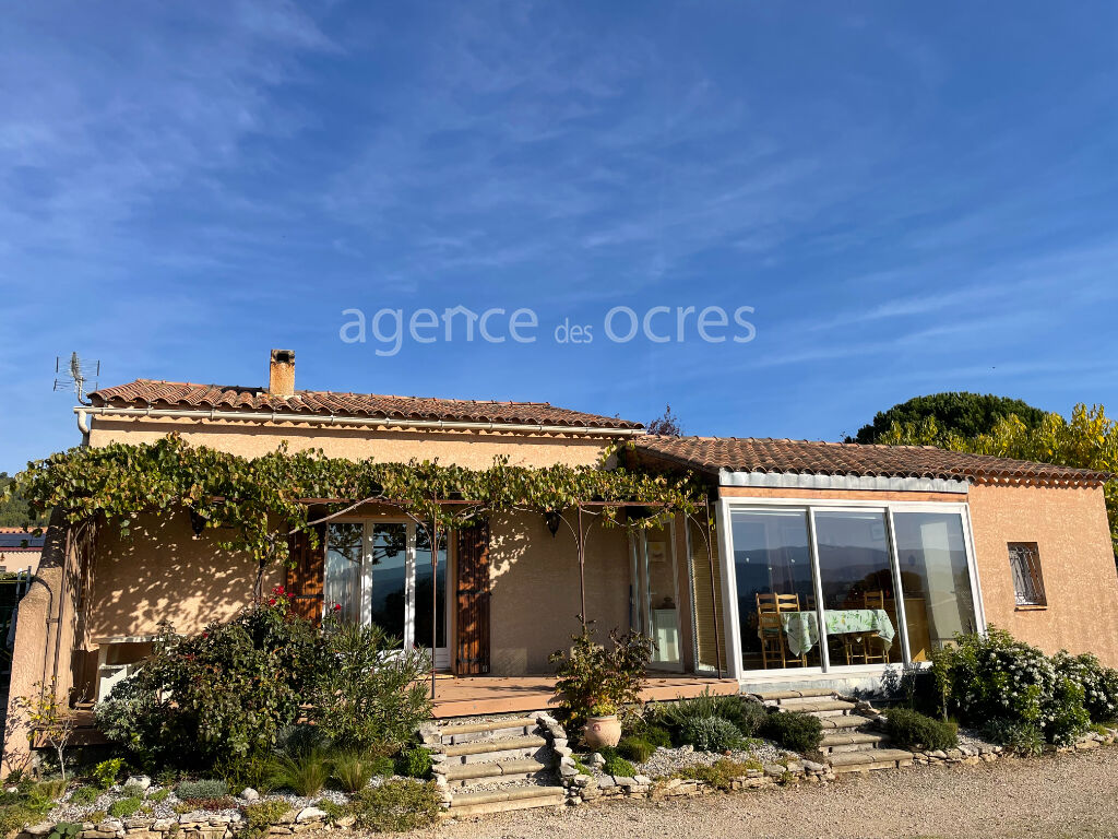Quiet house with view 100sqm in Gargas