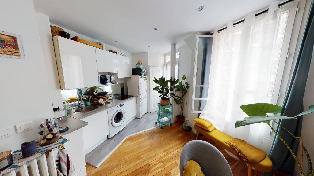 Sale apartment Paris 20ème 387000€ - Picture 2