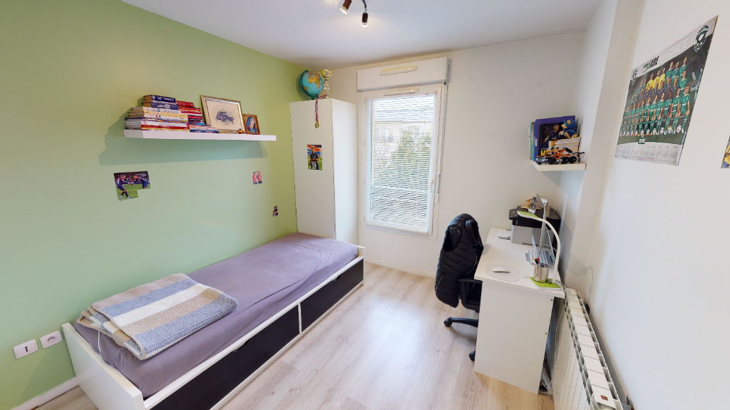 Sale apartment Romainville 264000€ - Picture 4