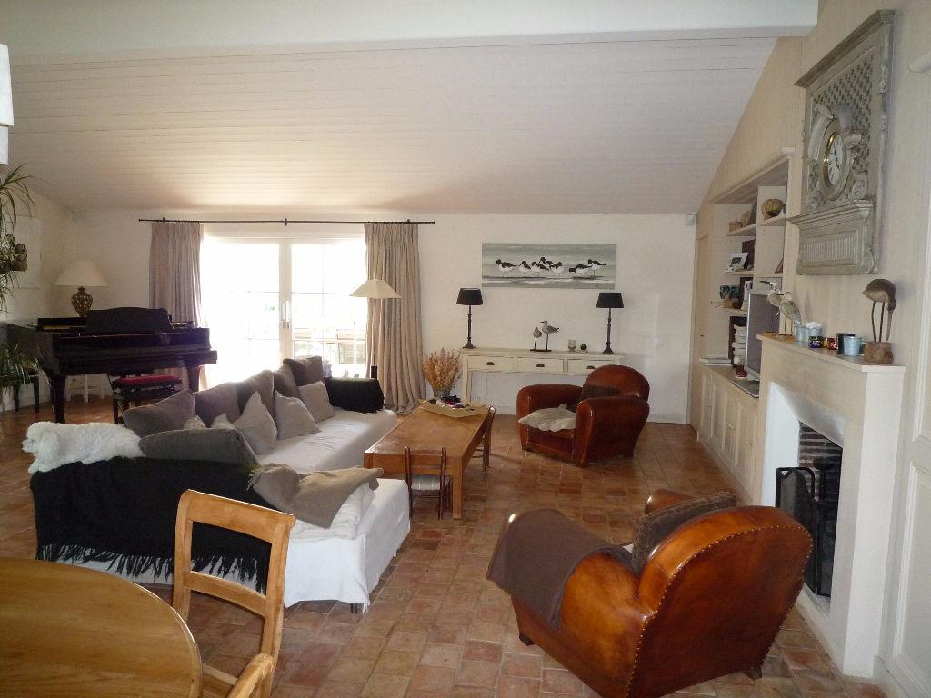 Maison / Villa à ARS EN RE 17590 (2186)