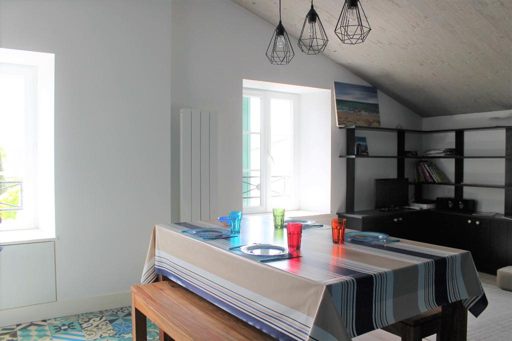 Maison / Villa à SAINT CLEMENT DES BALEINES 17590 (2200)