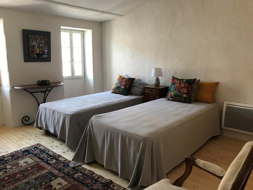 Maison / Villa à SAINT CLEMENT DES BALEINES 17590 (2290)