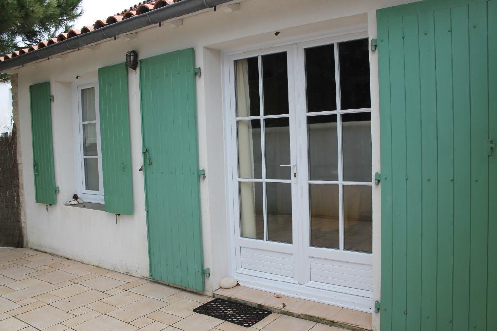 Maison / Villa à LES PORTES EN RE 17880 (2231)