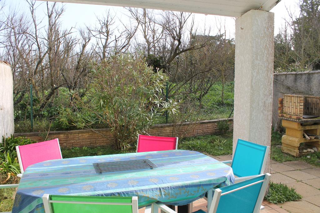 Maison / Villa à SAINT CLEMENT DES BALEINES 17590 (2238)