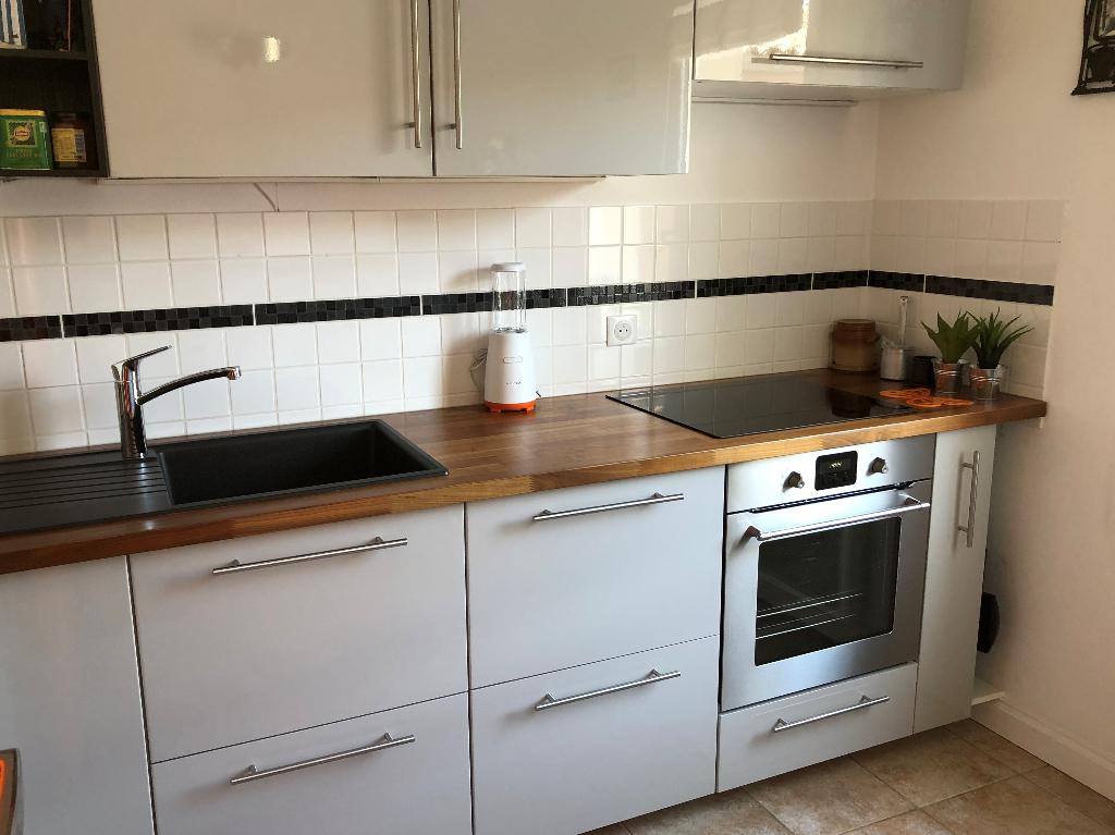 Appartement à SAINT MARTIN DE RE 17410 (2245)