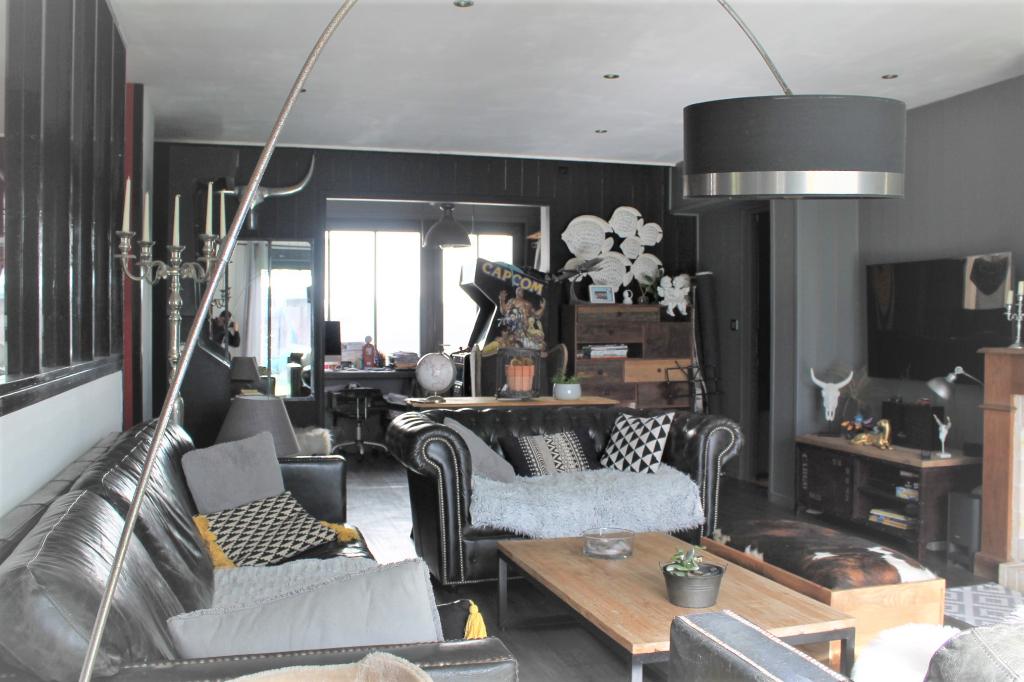 Maison / Villa à ARS EN RE 17590 (2246)
