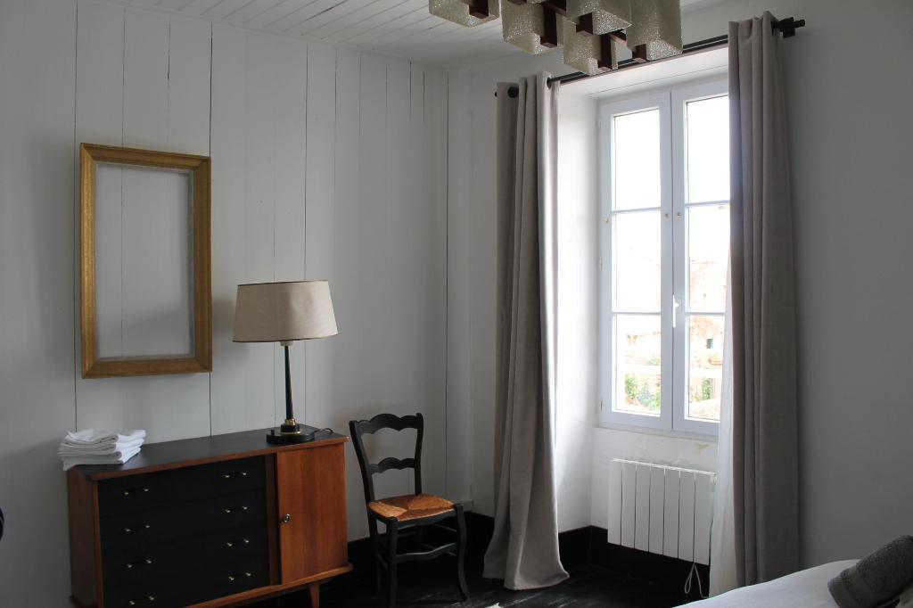Maison / Villa à ARS EN RE 17590 (2251)