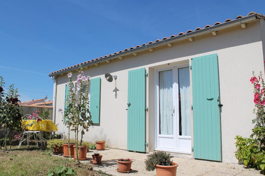 Maison / Villa à SAINT CLEMENT DES BALEINES 17590 (2268)