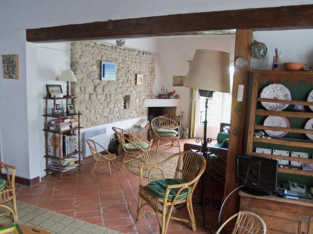Maison / Villa à SAINT CLEMENT DES BALEINES 17590 (2271)