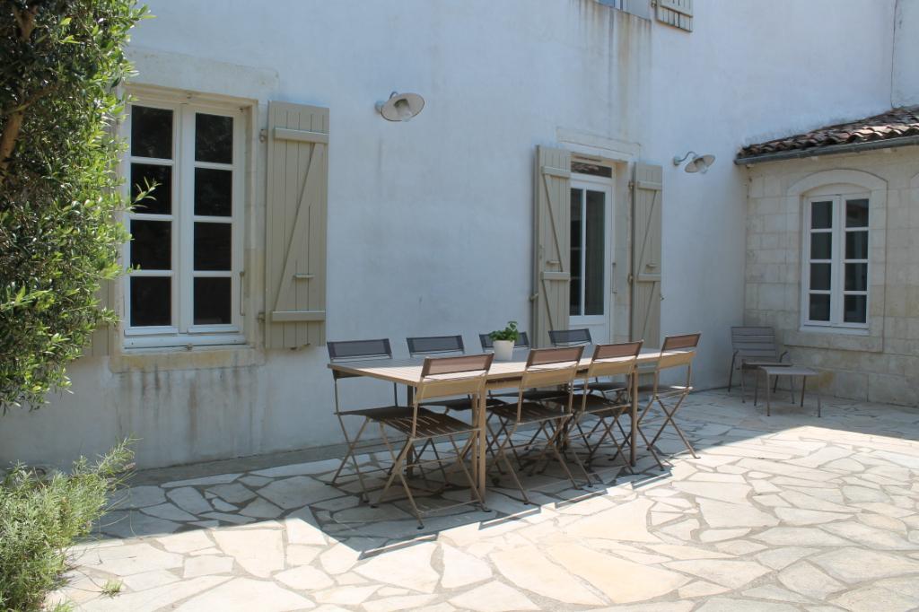 Maison / Villa à ARS EN RE 17590 (2276)