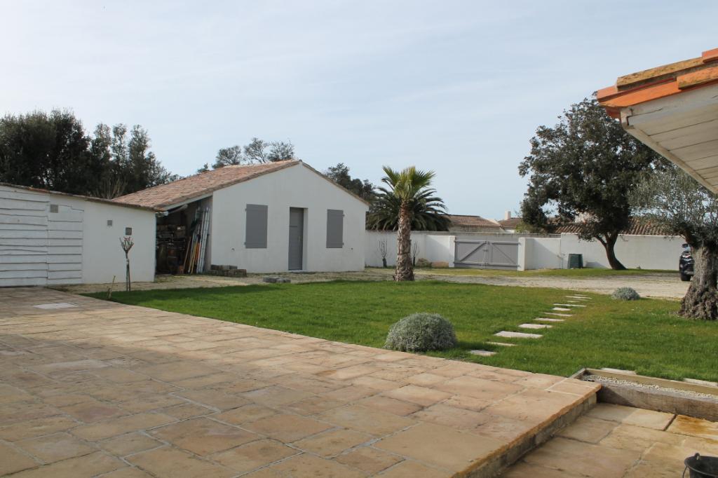 Maison / Villa à ARS EN RE 17590 (2282)