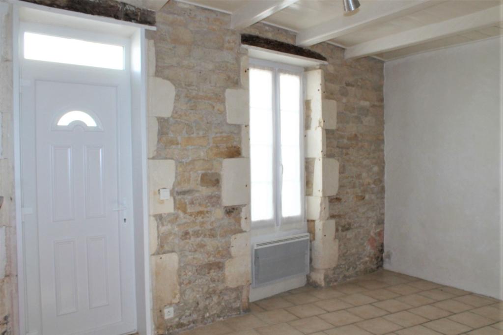 Maison / Villa à SAINT CLEMENT DES BALEINES 17590 (2285)