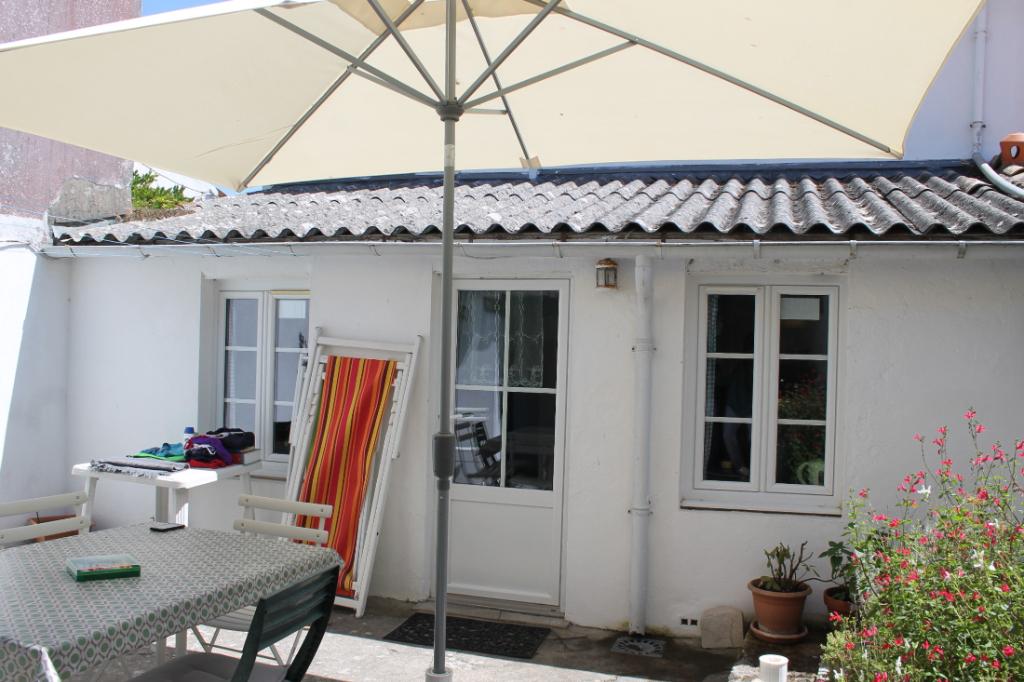 Maison / Villa à SAINT CLEMENT DES BALEINES 17590 (2287)