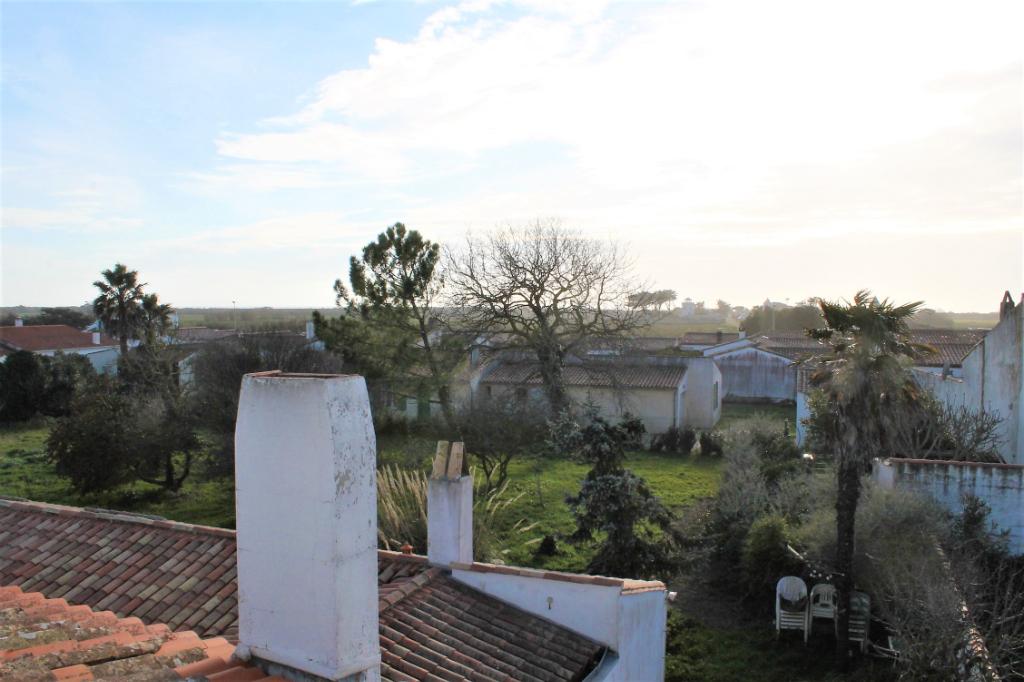 Maison / Villa à ARS EN RE 17590 (2292)