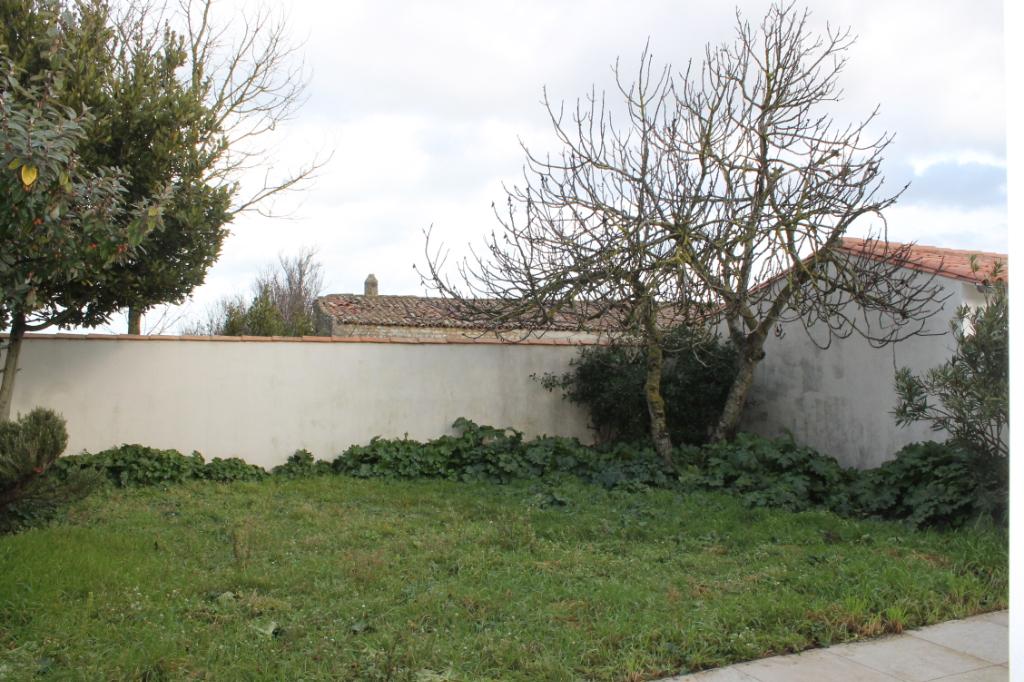 Maison / Villa à SAINT CLEMENT DES BALEINES 17590 (2293)