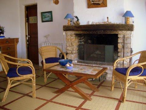 Maison / Villa à SAINT CLEMENT DES BALEINES 17590 (2297)