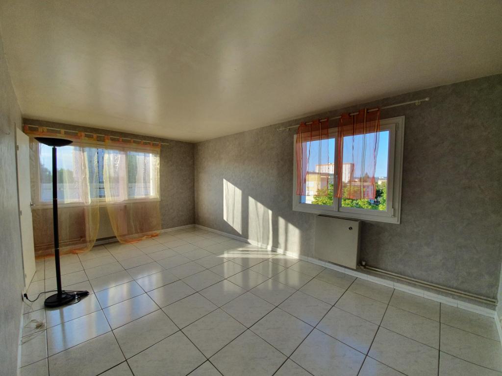 photo de Appartement Compiegne 2 pièce(s) 48 m2