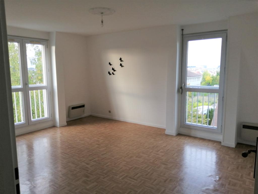 photo de Appartement Compiegne 3 pièce(s) 62 m2