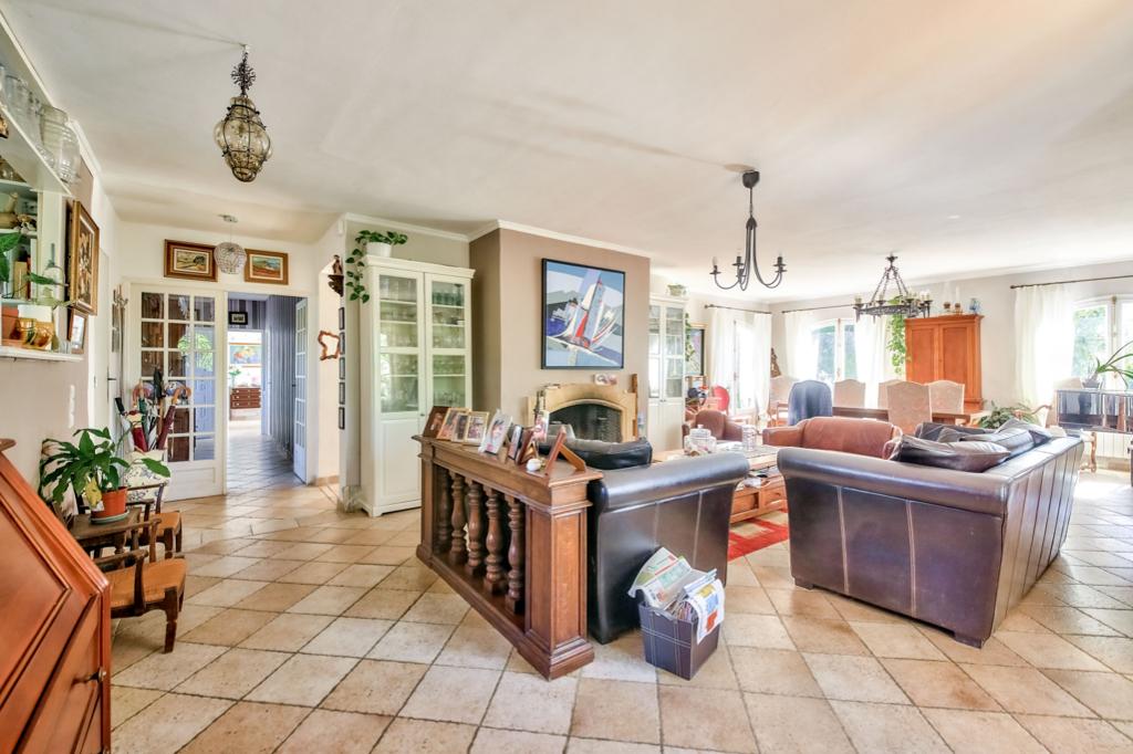 Vente Maison de 7 pièces 280 m² - ALLAUCH 13190 | AGENCE ETOILE - MARSEILLE - AR photo4