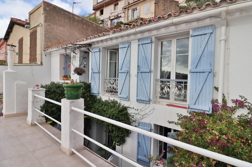 Vente Appartement de 4 pièces 72 m² - MARSEILLE 13006   AGENCE ETOILE - MARSEILLE - AR photo1
