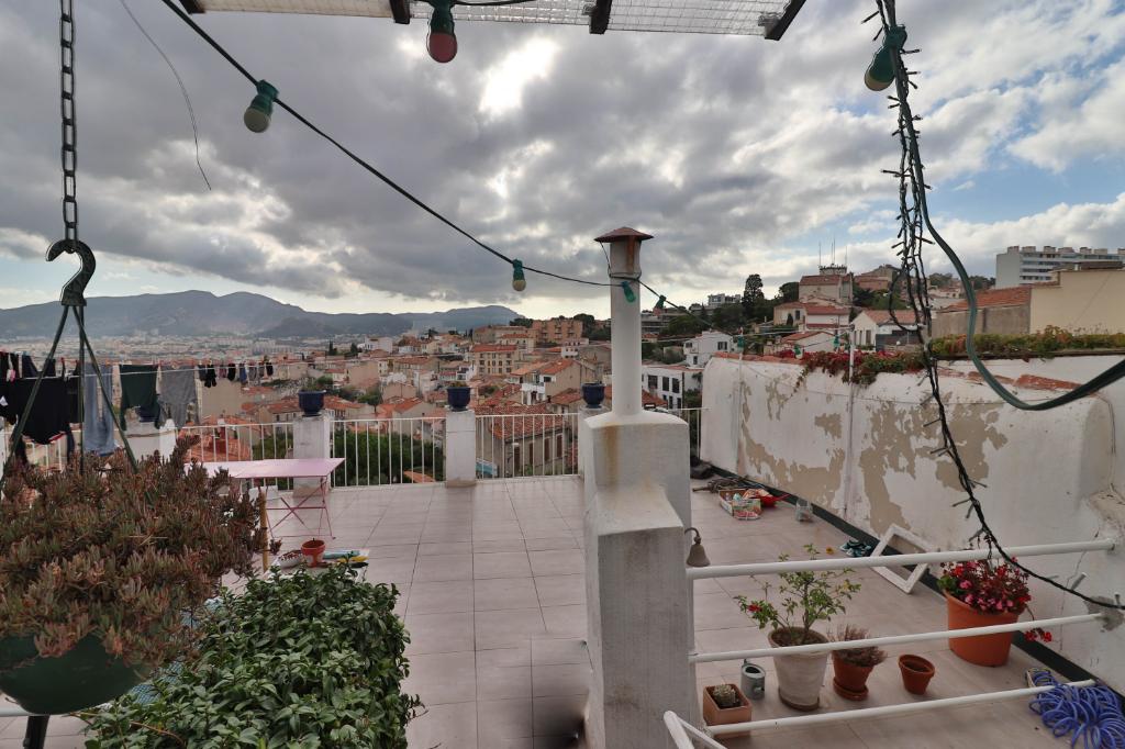 Vente Appartement de 4 pièces 72 m² - MARSEILLE 13006   AGENCE ETOILE - MARSEILLE - AR photo3