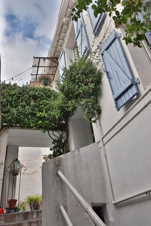 Vente Appartement de 4 pièces 72 m² - MARSEILLE 13006 | AGENCE ETOILE - MARSEILLE - AR photo4