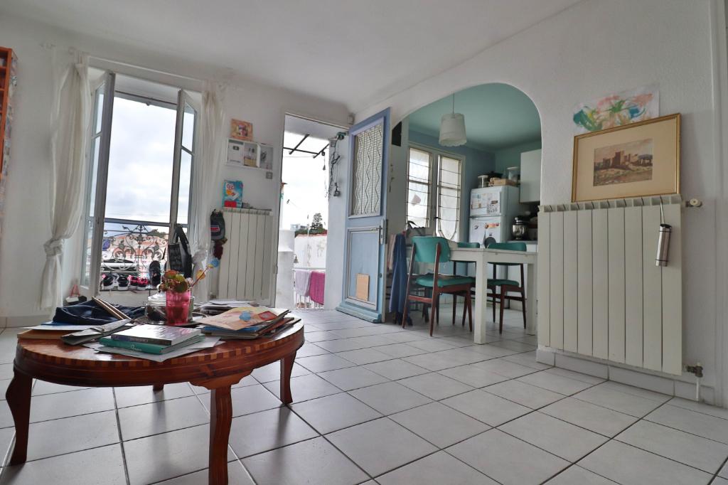 Vente Appartement de 4 pièces 72 m² - MARSEILLE 13006 | AGENCE ETOILE - MARSEILLE - AR photo7