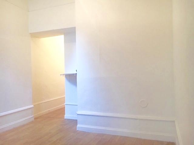 TOURS SCELLERIE. Grand Appartement de caractère de Type 3.