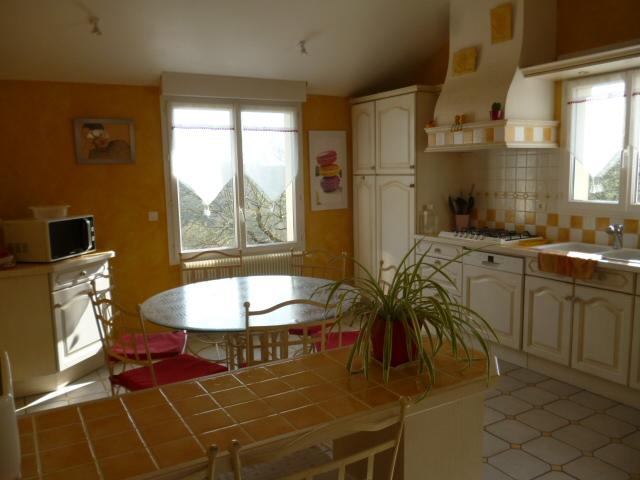 PROCHE CHENONCEAUX. Achat d'une belle maison contemporaine avec de belles prestations, en parfait état et sans aucun travaux.