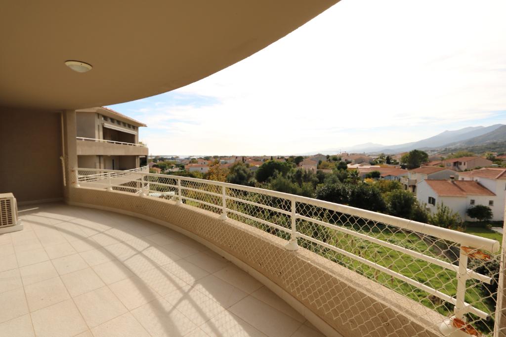 Vente Appartement de 3 pièces 79 m² - FURIANI 20600   GOUR IMMOBILIER CONSEIL - AR photo2