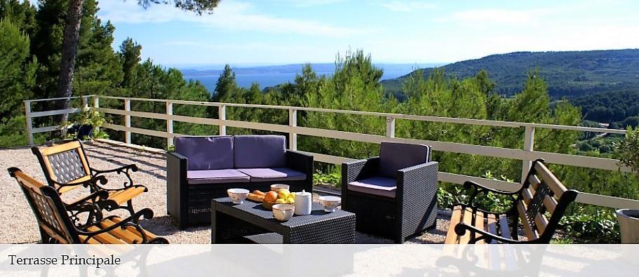 Vente Maison de 6 pièces 168 m² - SAINT MITRE LES REMPARTS 13920 | AZUR IMMOBILIER ISTRES - AR photo8