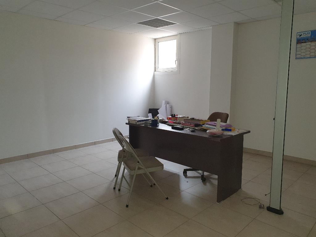 Vente Local de 210 m² - MIRAMAS 13140 | AZUR IMMOBILIER ISTRES - AR photo5