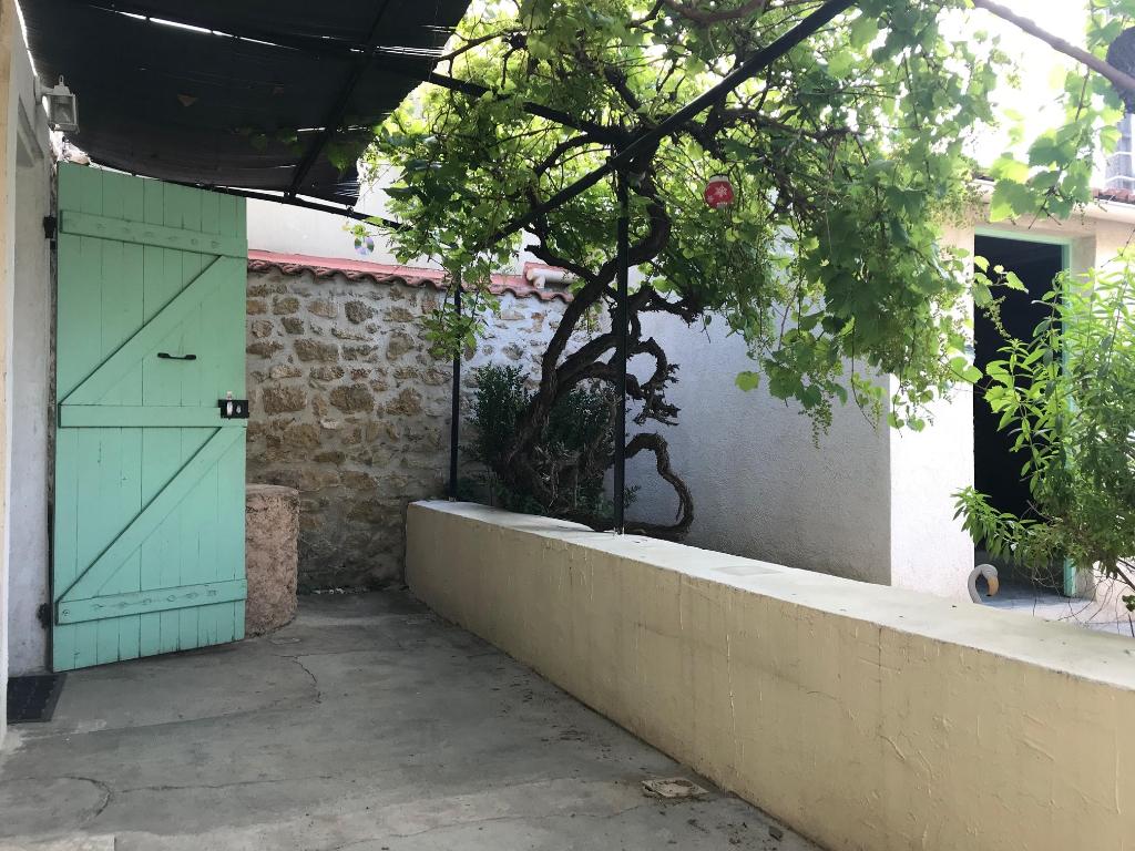 Vente Maison de 3 pièces 65 m² - MIRAMAS 13140 | AZUR IMMOBILIER ISTRES - AR photo2