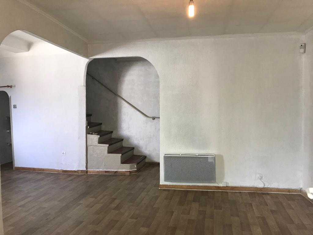 Vente Maison de 3 pièces 65 m² - MIRAMAS 13140 | AZUR IMMOBILIER ISTRES - AR photo3
