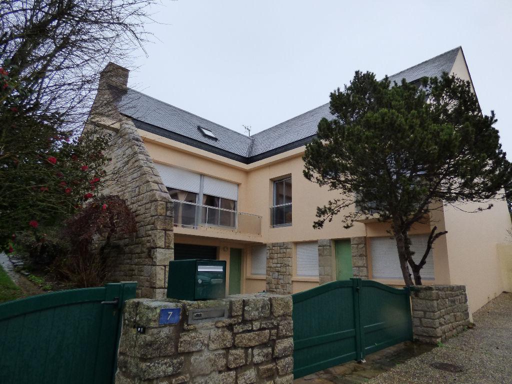 Maison Ploermel 12 pièce(s) 300 m2