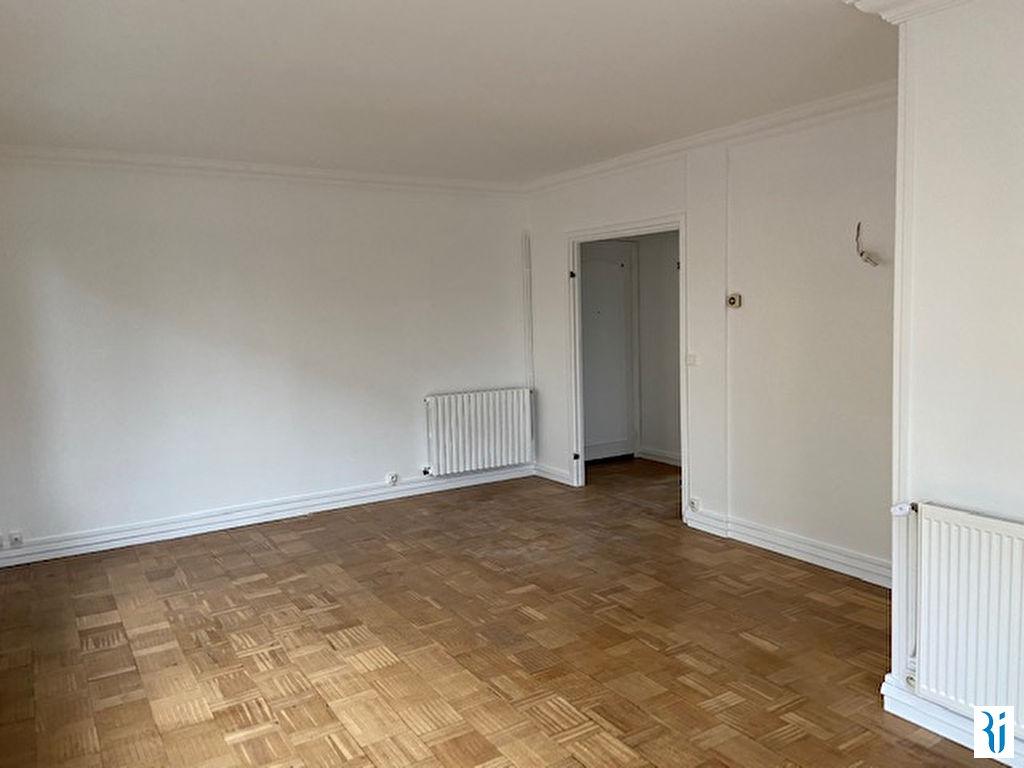 location appartement 2 pi ces rouen 595 appartement louer 76000. Black Bedroom Furniture Sets. Home Design Ideas