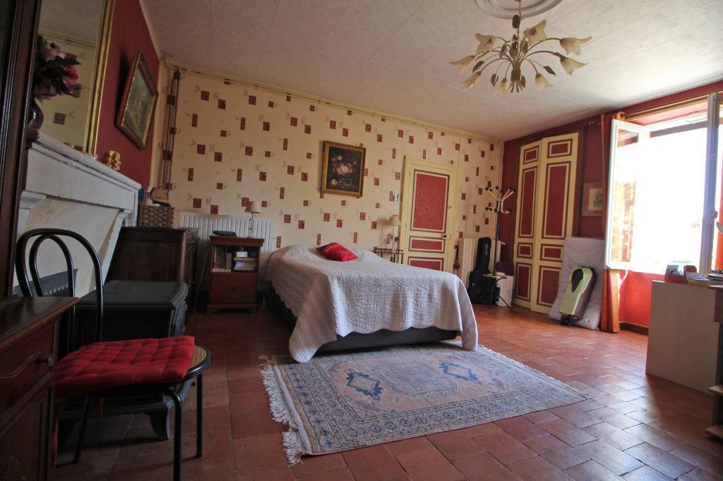Sale house / villa La chartre sur le loir 182750€ - Picture 2