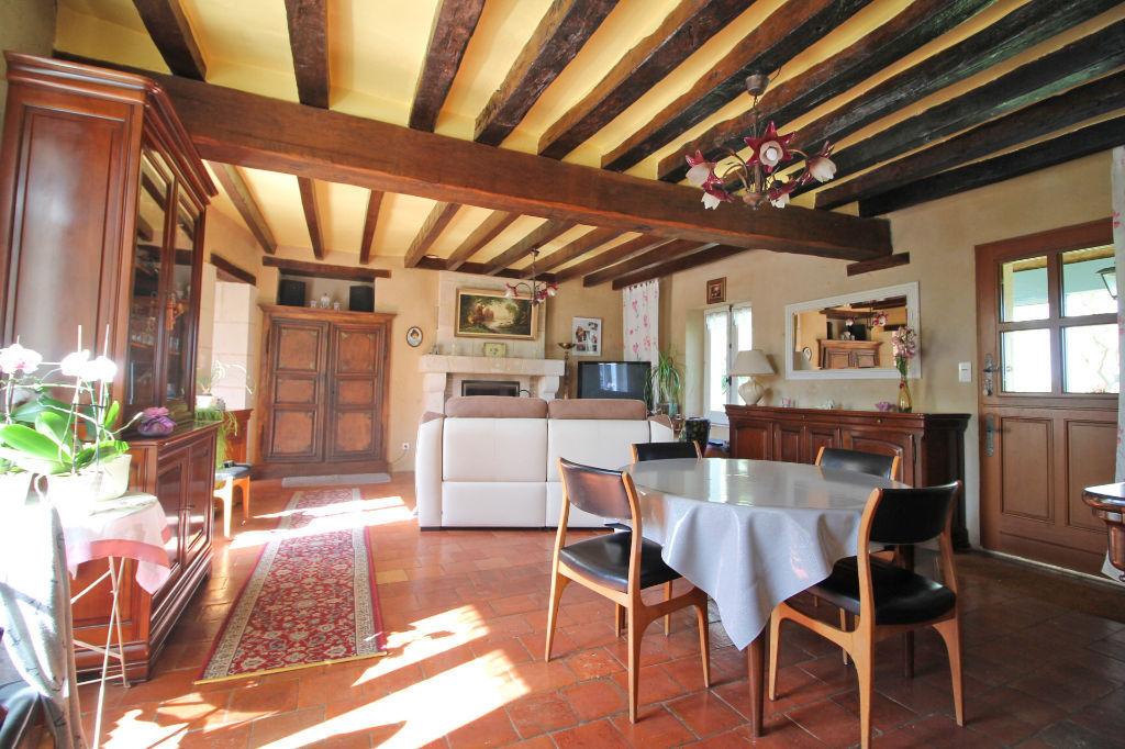 Sale house / villa La chartre sur le loir 182750€ - Picture 3
