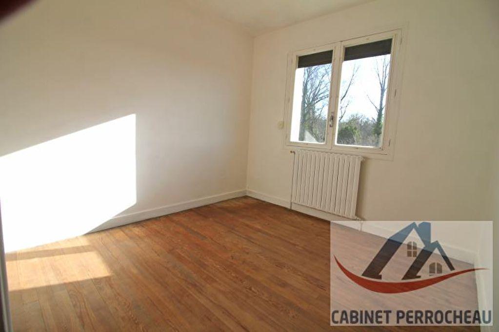 Sale house / villa La chartre sur le loir 78000€ - Picture 6