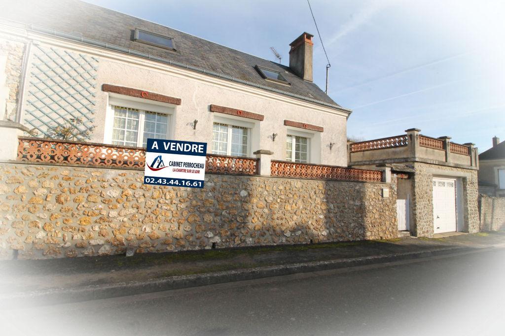 Sale house / villa La chartre sur le loir 83000€ - Picture 1