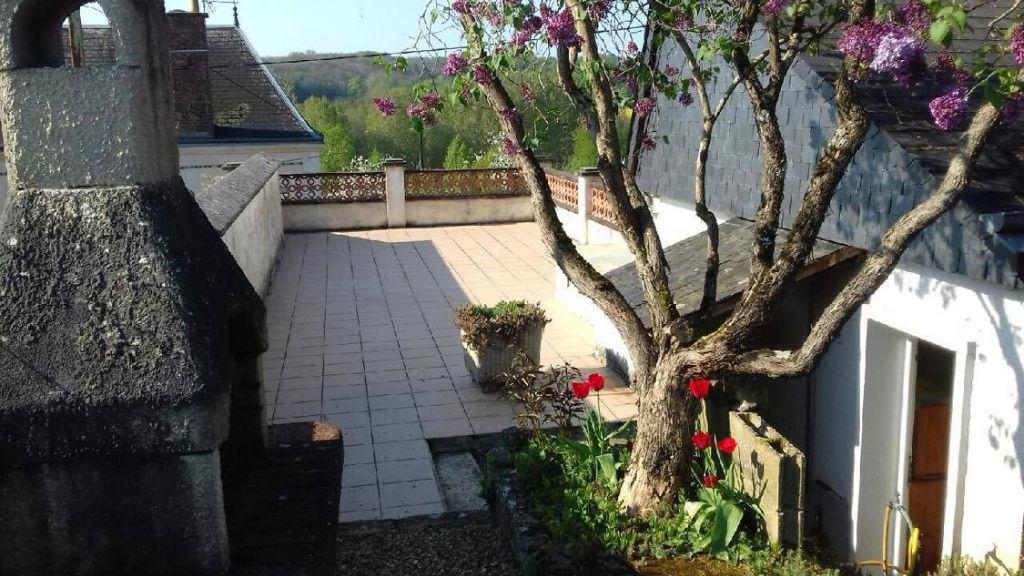 Sale house / villa La chartre sur le loir 83000€ - Picture 3