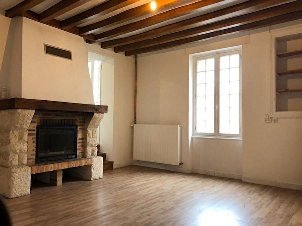 Sale house / villa La chartre sur le loir 94000€ - Picture 4