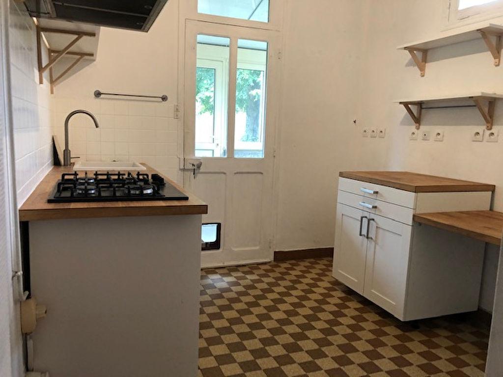 Vente maison / villa La chartre sur le loir 94000€ - Photo 6